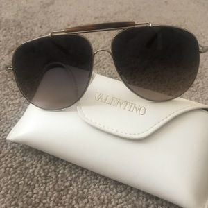 Women's Valentino Aviator Sunglasses - NEW